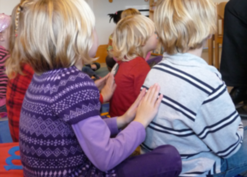 Training onderlinge kindermassage voor professionals